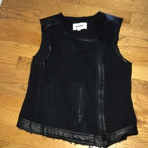 BB Dakota Black vest